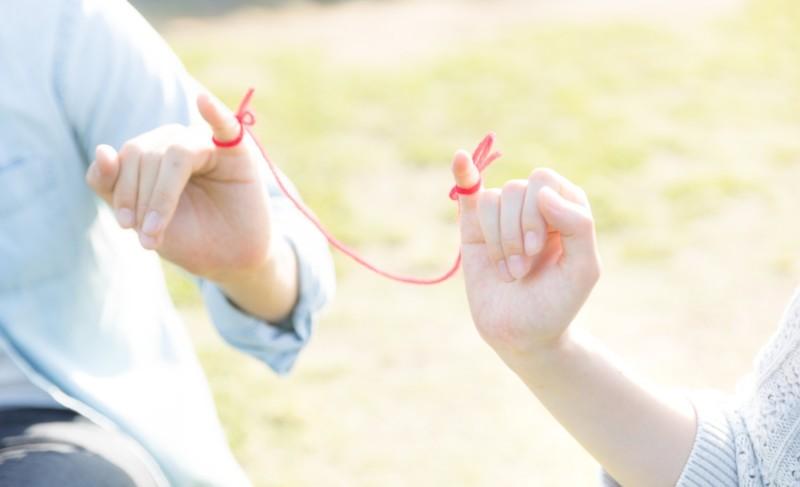 デートが計画通りにいかなかったら?手を握り損ねたときに1秒でできる自然な楽々ボディタッチ方法